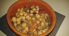 I legumi cotti nelle pignate al calore del camino hanno tutto un altro sapore secondo me, non so se è solo suggestione data dal fatt... Black Eyed Peas, Terracotta, Food, Essen, Meals, Yemek, Terra Cotta, Eten