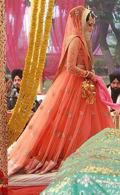 Inspiration Indian Outfits, Aurora Sleeping Beauty, Victorian, Princess, Inspiration, Dresses, Fashion, Biblical Inspiration, Vestidos