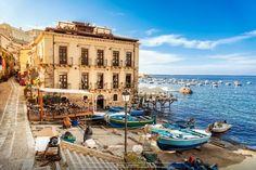 Scilla – a Postcard-Pretty Fishing Village in Italy