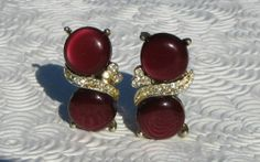 Vintage Kramer GoldTone Red Cabochon and Rhinestone by BluestRose, $7.90