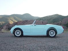 Collectively, Austin Healey Sprites and MG Midgets are known as Spridgets.
