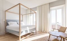 Housed inside an 18th century pile on one of Lisbon's most romantic squares, Santa Clara 1728 is the fourthin a string of slick design-led properties from hotelier João Rodrigues. Perched atop one of the city's seven hills, overlooking the Pantheon a...