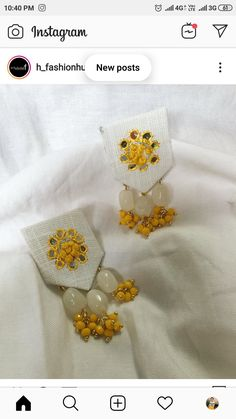 Diy Fabric Jewellery, Fabric Earrings, Thread Jewellery, Textile Jewelry, Fringe Earrings, Antique Jewellery Designs, Handmade Jewelry Designs, Homemade Jewelry, Hand Embroidery Designs