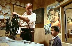 "Philippe Noiret als Filmvorführer in ""Cinema Paradiso"", (Originaltitel: Nuovo Cinema Paradiso) I/F Giuseppe Tornatore Giuseppe Tornatore, Cinema Projector, The Searchers, In And Out Movie, Player One, Great Films, Top Movies, Film Stills, Cairo"