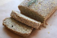 Delighted Momma: Low Carb Rosemary Flax Bread- no wheat! Healthy Eating Recipes, Diabetic Recipes, Low Carb Recipes, Bread Recipes, Real Food Recipes, Cooking Recipes, Yummy Food, Healthy Foods, Paleo Bread