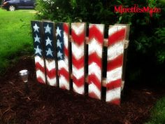 My DIY Patriotic Yard Decor made out of a Pallet!
