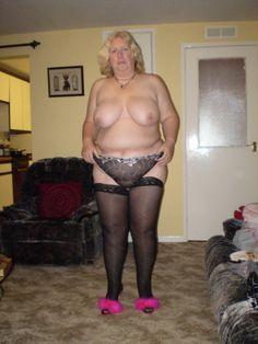 Homemade mature wife hairy ass