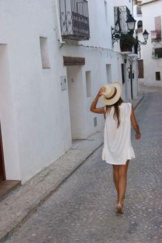 Wanderlust :: Gypsy Soul :: Wild Heart :: Free Spirit :: Wander Barefoot :: Seek Adventure :: Boho Style :: Chase the Sun :: Travel the World :: Free your Wild :: See more Untamed Travel Photography + Inspiration @untamedmama