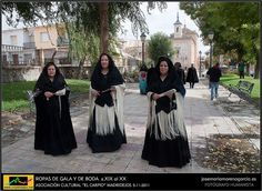 ROPAS DE GALA Y DE BODA s.XIX DE MADRIDEJOS by JOSE-MARIA MORENO GARCIA = FOTOGRAFO HUMANISTA, via Flickr