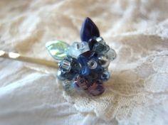 青と紺色フラワービーズの紫陽花の様なプチブーケヘアピン|ヘアピン|ハンドメイド・手仕事品の販売・購入 Creema(クリーマ)