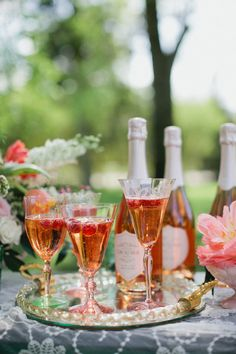 Pink Champagne | photography by http://www.kristynhogan.com/