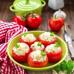 Tomates farcies au fromage frais