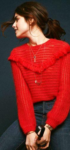 Sezane's Final 2017 Collection Pull Crochet, Mode Crochet, Knit Crochet, Knitting Blogs, Knitting Patterns, Crochet Patterns, Bikini Crochet, Crochet Blouse, Knitwear Fashion