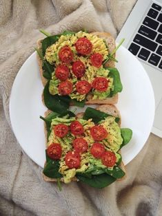 Food and Healthy living Vegan Snacks, Healthy Snacks, Vegan Recipes, Healthy Eating, Cooking Recipes, Dinner Healthy, Crockpot Recipes, Cooking Cake, Girl Cooking