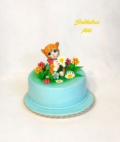 Ginger Kitty Cake