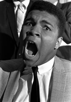 30 photos of Muhammad Ali in all his charismatic glory