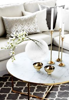 COFFEE TABLE IDEAS | marble white center table with gold details | www.bocadolobo.com