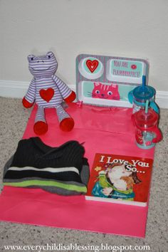 Crafty Mama: Valentine's Day bag for Toddlers   Every Child is a Blessing