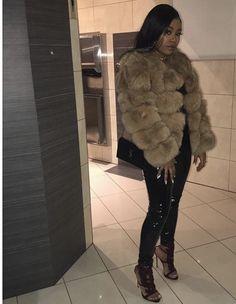 e07040b6a56d fits all winter 2019❄  beauty  lashextensions  toronto  fashion