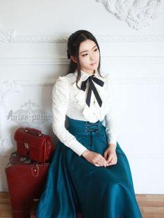 Earl girl corset skirt