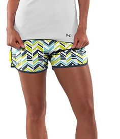 cute under armour shorts......and the legs I'm running for!