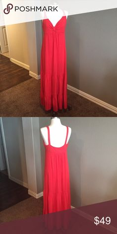 """Old Navy Sunset Red Tiered Maxi Sun Dress Beautiful sunset orange color. Good condition. Mild pilling due to normal wash and wear. Bust measures 19"""" armpit to armpit, unstretched. This is knit, so there is stretch to it. Old Navy Dresses Maxi"""