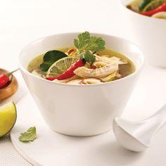Soupe Tom Yum au poulet - Je Cuisine