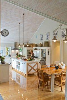 39 Dining Room Design Tips for Small Kitchen - Küchenarmaturen Barn Kitchen, New Kitchen, Kitchen Dining, Kitchen Ideas, Dining Area, Kitchen Tables, Kitchen Redo, Kitchen Backsplash, Kitchen Island