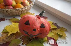 tekvica z balona Crafts For Kids, Pumpkin, Vegetables, Food, Crafts For Children, Pumpkins, Kids Arts And Crafts, Essen, Vegetable Recipes