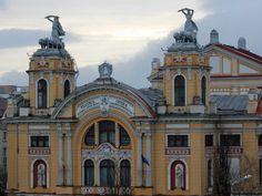 cluj-napoca-Lucian-Blaga-National-Theatre-11