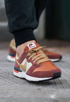 Nike Archive 83 M: Terra Brown