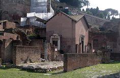 Vista da basílica Santa Maria Antiqua, reaberta em Roma