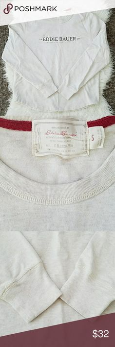Vintage Style Eddie Bauer Pullover Sweatshirt Vintage Style Eddie Bauer Pullover Sweatshirt. Like new, no known defects. Could be men's or women's, but the sizing is in men's. 100% baumwoole. Sz Small Offers/bundles welcomed!   See my page for more.  Pet/smoke free home. Eddie Bauer Shirts Sweatshirts & Hoodies