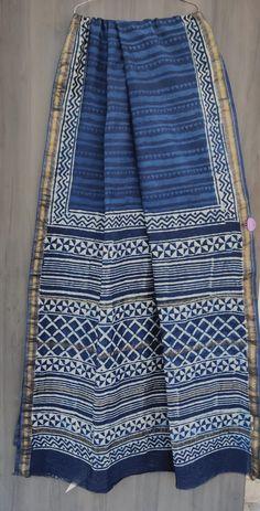 Price Rs 2145 + Shipping extra Beautiful hand block printed Maheshwari silk sarees With blouse Bridal Sarees, Designer Sarees, Sarees Online, Silk Sarees, Party Wear, Blanket, Printed, Stylish, Blouse