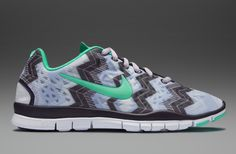 81e9d7af0190 Nike Wmns Free TR Fit 3 Prt - Womens Running Shoes - Volt Frost-Green