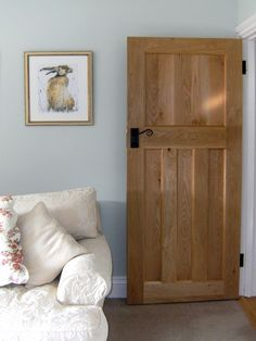 Our Solid Oak Style Internal Doors help give your home that truly traditional look! (%) buy today from the UK's leading reputable 1930 oak door supplier! Up House, House Doors, Style At Home, 1930s Doors, 1930s Internal Doors, Internal Cottage Doors, Solid Oak Doors, White Trim Wood Doors, White Walls