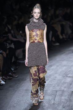 Valentino, P-E 16 - L'officiel de la mode