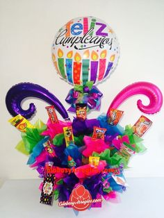 Balloon Delivery, Happiness Project, Chocolate Bouquet, Ideas Para Fiestas, Food Gifts, Birthday Candles, Balloons, Basket, Diy Projects