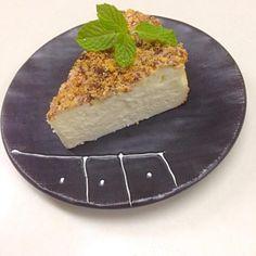ひかりママさん♡はじめまして✨ 凄く美味しくしかも僕でも簡単に出来ました〜( ›◡ु‹ ) 子供達も喜んで食べてくれて、またオヤジポイントUPです✨ ケーキとかは初心者なのでレシピ助かります(▰˘◡˘▰) フォローさせていただきましたので、よろしくお願いします(✪‿✪)ノ - 138件のもぐもぐ - ひかりママ♡さんの料理 ホワイトチョコ入り♪チーズケーキ♡ by OISIIYO