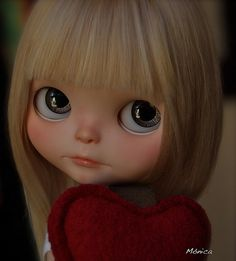 Britta Dolls Department 25-Stella says; Wow Monica, you have a little treasure, she is adorable/muy preciosa!