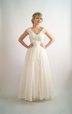 Vintage wedding dress, 1950's wedding dress at Xtabay Bridal Salon.