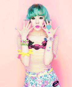Ain't it fun, living in the real world? Quirky Fashion, Kawaii Fashion, Colorful Fashion, Pop Fashion, Cute Fashion, Cartoon Crazy, Baby Cartoon, Japanese Streets, Japanese Street Fashion