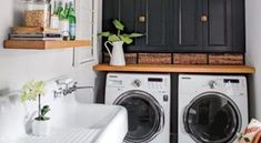 17 Awesome Tricks For Laundry Room For Small Spaces – Laundry Room İdeas 2020 Modern Laundry Rooms, Laundry Room Design, Laundry Area, Retro Bathrooms, Small Bathroom, Installing Kitchen Cabinets, Decorating Small Spaces, Home Decor Inspiration, Home Interior Design
