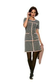 jurk stretch jacquard zwart wit roze sjaal wol receptie feest doordraagbaar marie méro winter 2015 - jurk stretch jacquard zwart wit roze sjaal wol receptie feest doordraagbaar marie méro winter 2015 - Marie Méro - via http://www.mariemero.eu