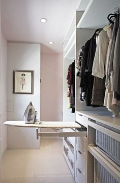 Walk In Closet Ideas - Trying to find some fresh ideas to redesign your closet? Visit our gallery of leading deluxe walk in closet design ideas and also images. Walk In Closet Design, Closet Designs, Small Walk In Wardrobe, Walking Wardrobe Ideas, Small Walking Closet, Small Built In Wardrobe Ideas, Small Walk In Closet Ideas, Wardrobe Behind Bed, Closet Ideas For Small Spaces Bedroom