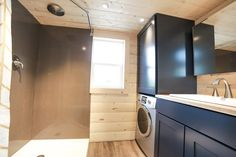 "The ""Mansion"", a 270 sq ft tiny house on wheels, designed and built by Uncharted Tiny Homes of Phoenix, Arizona. Tiny House Blog, Tiny House Living, Tiny House Design, Tiny House On Wheels, Tiny Backyard House, Backyard Patio, Villa, Tiny House Bathroom, Tiny Bathrooms"