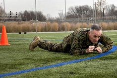 Dispelling Enlisted vs Officer Myths   USMC   Even the Commandant of the Marine Corps leads by example, by completing a Combat Fitness Test