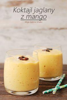 Składniki na 2 porcje: 2 łyżki ugotowanej kaszy jaglanej 1 szklanka mleka krowiego lub roślinnego 1 małe mango (u mnie mrożone) gar... Fruit Smoothies, Healthy Smoothies, Smoothie Recipes, Healthy Drinks, Snack Recipes, Healthy Sweets, Healthy Snacks, Healthy Life, Healthy Recipes