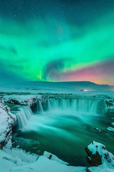Your Epic 1-Week Travel Itinerary To Visit Iceland