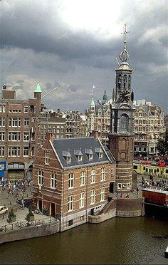 Muntgebouw en Munttoren, Amsterdam, The Netherlands